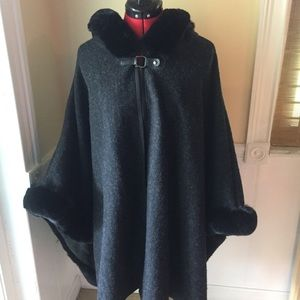 Torrid Fur Lined Hooded Poncho Cape OS